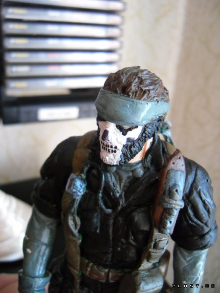 NaKed Snake (Big Boss)