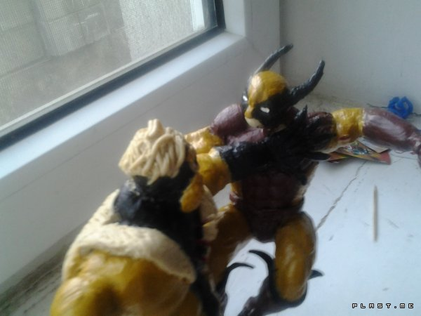 Sabletooth VS Wolverine