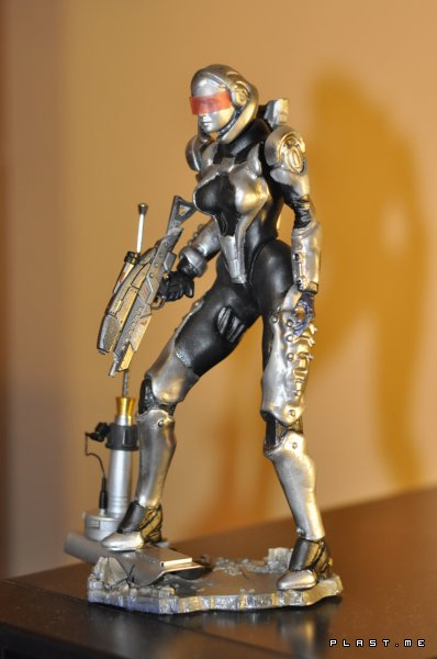 �������� �� ������� Mass Effect 3 Suzi